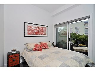 Photo 4: 606 256 2nd Avenue in Vancouver: Mount Pleasant VE Condo for sale (Vancouver East)  : MLS®# V1032140