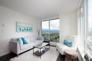 "Photo 3: 2102 5470 ORMIDALE Street in Vancouver: Collingwood VE Condo for sale in ""WALL CENTRE CENTRAL PARK 3"" (Vancouver East)  : MLS®# R2537972"