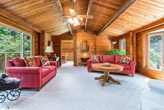 Photo 4: 353 Wireless Rd in Comox: CV Comox Peninsula House for sale (Comox Valley)  : MLS®# 881737