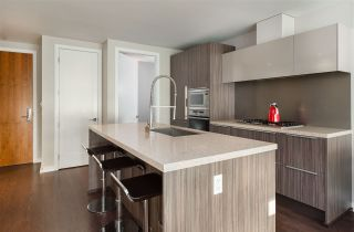 """Photo 10: 103 181 W 1ST Avenue in Vancouver: False Creek Condo for sale in """"THE BROOK"""" (Vancouver West)  : MLS®# R2227937"""