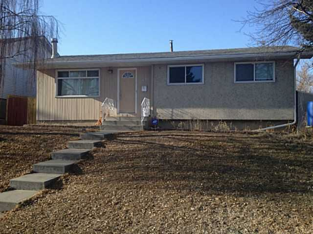 Main Photo: 608 101 Avenue SW in CALGARY: Southwood Residential Detached Single Family for sale (Calgary)  : MLS®# C3603824