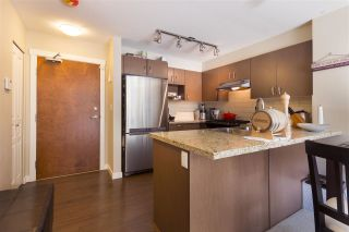 """Photo 4: 302 3105 LINCOLN Avenue in Coquitlam: New Horizons Condo for sale in """"WINDSOR GATE BY POLYGON"""" : MLS®# R2154112"""