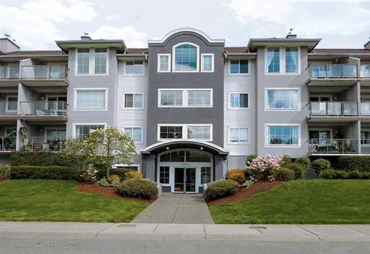 """Photo 2: Photos: 304 33599 2ND Avenue in Mission: Mission BC Condo for sale in """"Stave Lake Landing"""" : MLS®# R2430691"""
