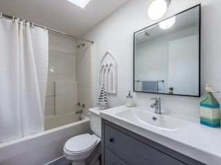 Photo 13: 139 1555 HOWE ROAD in Kamloops: Aberdeen Manufactured Home/Prefab for sale : MLS®# 153543