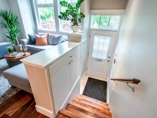 """Photo 4: 507 E 7TH Avenue in Vancouver: Mount Pleasant VE Townhouse for sale in """"Vantage"""" (Vancouver East)  : MLS®# R2472829"""