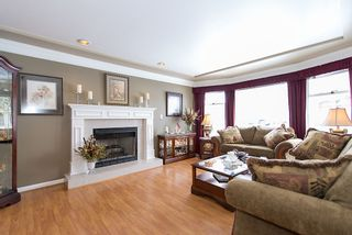 Photo 5: 14244 70A Avenue in Surrey: Home for sale : MLS®# F1405744