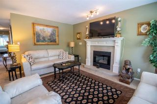 Photo 4: 19349 CUSICK Crescent in Pitt Meadows: Mid Meadows House for sale : MLS®# R2579444
