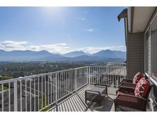 """Photo 36: 127 8590 SUNRISE Drive in Chilliwack: Chilliwack Mountain Townhouse for sale in """"Maple Hills"""" : MLS®# R2571129"""