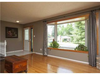 Photo 3: 228 OAKHILL Place SW in CALGARY: Oakridge Residential Detached Single Family for sale (Calgary)  : MLS®# C3581744