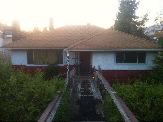 Main Photo: 6421 BURNS Street in Burnaby: Upper Deer Lake House for sale (Burnaby South)  : MLS®# V980094