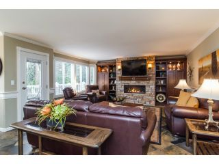 """Photo 7: 18102 CLAYTONWOOD Crescent in Surrey: Cloverdale BC House for sale in """"CLAYTON WEST"""" (Cloverdale)  : MLS®# F1438839"""