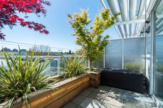 """Photo 15: 2 1650 W 1ST Avenue in Vancouver: False Creek Townhouse for sale in """"THE ELLIS FOSTER BUILDING"""" (Vancouver West)  : MLS®# R2062356"""