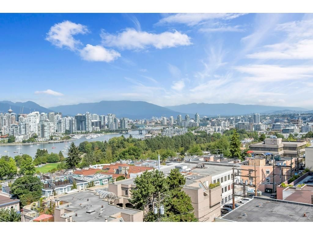 """Main Photo: 804 2483 SPRUCE Street in Vancouver: Fairview VW Condo for sale in """"Skyline on Broadway"""" (Vancouver West)  : MLS®# R2611629"""