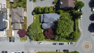 Photo 2: 37916 FIFTH Avenue in Squamish: Downtown SQ House for sale : MLS®# R2590745