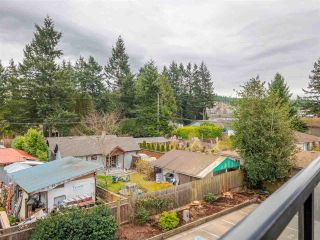 "Photo 16: 301 5682 WHARF Avenue in Sechelt: Sechelt District Condo for sale in ""Wharf Place"" (Sunshine Coast)  : MLS®# R2561141"