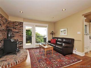 Photo 6: 1575 Montgomery Avenue in VICTORIA: Vi Rockland Residential for sale (Victoria)  : MLS®# 318035