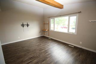 Photo 4: 6203 84 Avenue in Edmonton: Zone 18 House Half Duplex for sale : MLS®# E4253105