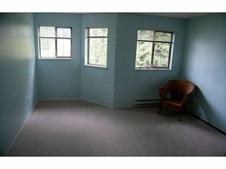 """Photo 5: 205 19241 FORD Road in Pitt Meadows: Central Meadows Condo for sale in """"VILLAGE GREEN"""" : MLS®# V1001115"""