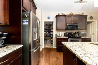 Photo 7: 2024 Armitage Green SW in Edmonton: Zone 56 House for sale : MLS®# E4260361