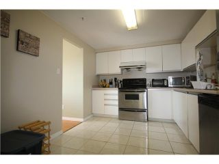 Photo 9: # 803 2468 E BROADWAY BB in Vancouver: Renfrew VE Condo for sale (Vancouver East)  : MLS®# V951307