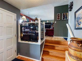 Photo 2: 11105 157A Avenue in Edmonton: Zone 27 House for sale : MLS®# E4235525