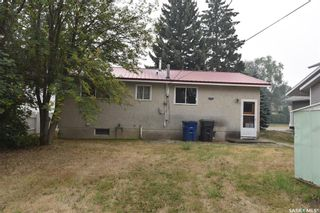Photo 3: 313 8th Avenue West in Nipawin: Residential for sale : MLS®# SK865601
