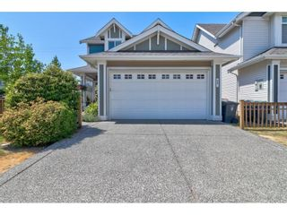 """Photo 2: 8407 208A Street in Langley: Willoughby Heights House for sale in """"YORKSON VILLAGE"""" : MLS®# R2604170"""