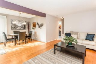 Photo 2: 3452 DARTMOOR Place in Vancouver: Champlain Heights Townhouse for sale (Vancouver East)  : MLS®# R2014232
