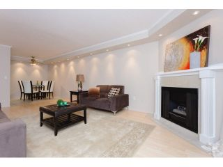 "Photo 3: 408 9672 134 Street in Surrey: Whalley Condo for sale in ""DOGWOOD/PARKWOOD"" (North Surrey)  : MLS®# F1439717"