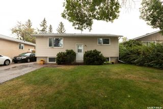 Photo 1: 365 McMaster Crescent in Saskatoon: East College Park Residential for sale : MLS®# SK867754