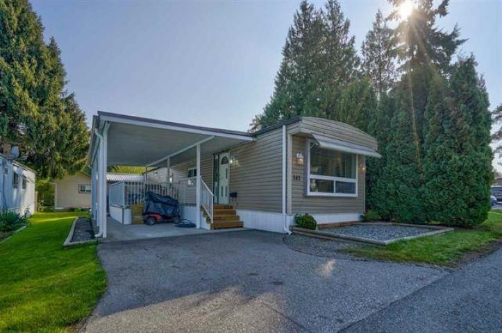 """Main Photo: 182 7790 KING GEORGE Boulevard in Surrey: East Newton Manufactured Home for sale in """"CRISPEN BAYS"""" : MLS®# R2616846"""
