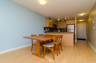 "Photo 7: D401 8929 202ND Street in Langley: Walnut Grove Condo for sale in ""THE GROVE"" : MLS®# F1428782"