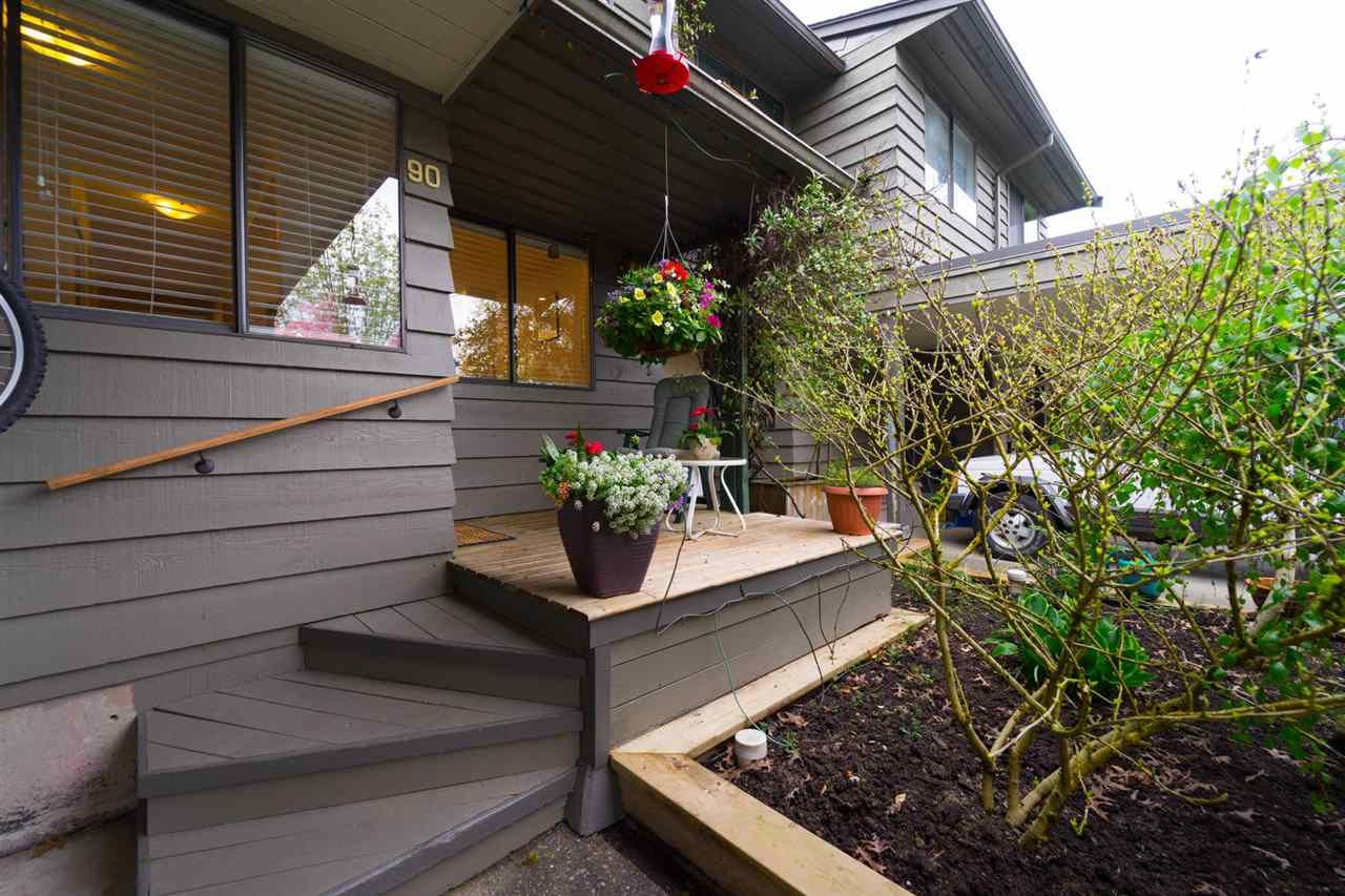 "Main Photo: 90 1950 CEDAR VILLAGE Crescent in North Vancouver: Westlynn Townhouse for sale in ""MOUNTAIN ESTATES"" : MLS®# R2267219"