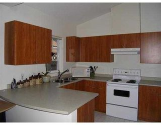 """Photo 2: 19 1821 WILLOW Crescent in Squamish: Garibaldi Estates Townhouse for sale in """"WILLOW VILLAGE"""" : MLS®# V668258"""
