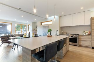 Photo 7: 847 E 15TH Street in North Vancouver: Boulevard House for sale : MLS®# R2439163