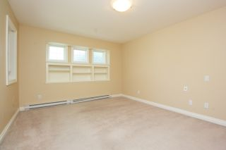 Photo 16: Master on Main in Detached Townhome in Sidney