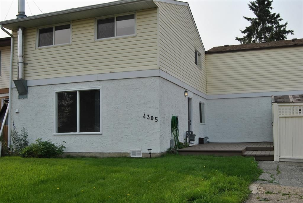 Main Photo: 4305 5 Avenue SE in Calgary: Forest Heights Row/Townhouse for sale : MLS®# A1129865