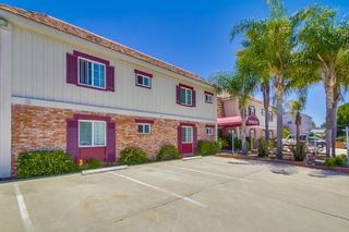 Photo 2: UNIVERSITY HEIGHTS Condo for sale : 1 bedrooms : 4747 Hamilton St #21 in San Diego