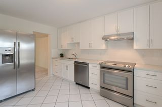 """Photo 4: 24 8111 SAUNDERS Road in Richmond: Saunders Townhouse for sale in """"OSTERLEY PARK"""" : MLS®# R2565559"""