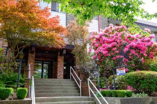 """Photo 3: 113 588 E 5TH Avenue in Vancouver: Mount Pleasant VE Condo for sale in """"MCGREGOR HOUSE"""" (Vancouver East)  : MLS®# R2558420"""