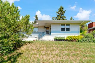 Main Photo: 3712 8 Avenue NW in Calgary: Parkdale Detached for sale : MLS®# A1125107