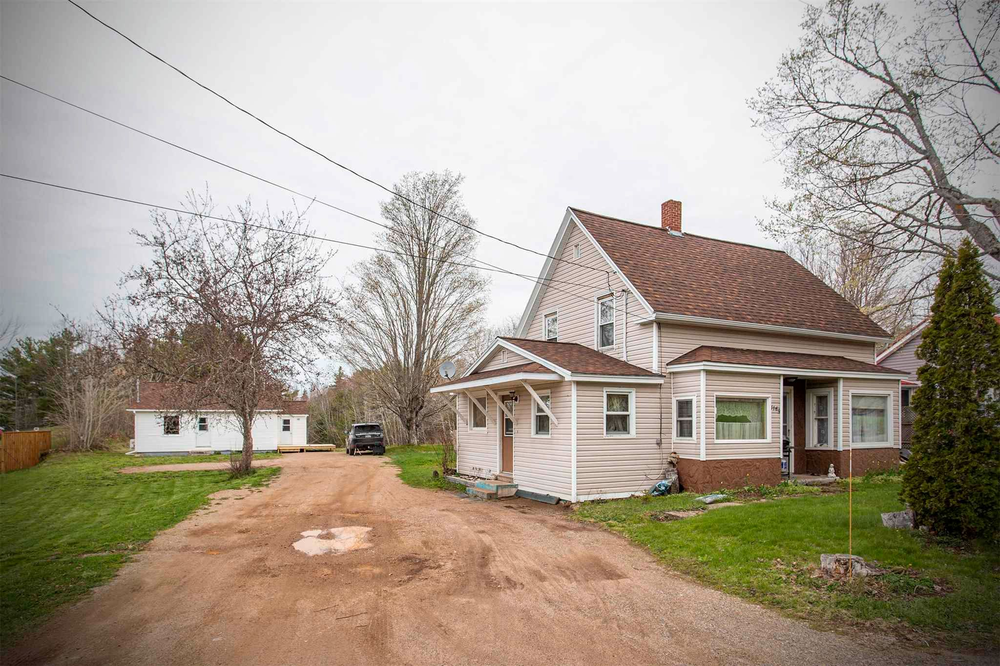 Main Photo: 1165-1169 Meadowvale Road in Tremont: 400-Annapolis County Residential for sale (Annapolis Valley)  : MLS®# 202110563
