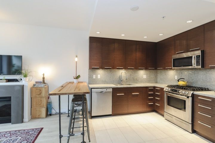 Photo 3: Photos: 206 2528 MAPLE STREET in Vancouver: Kitsilano Condo for sale (Vancouver West)  : MLS®# R2105698