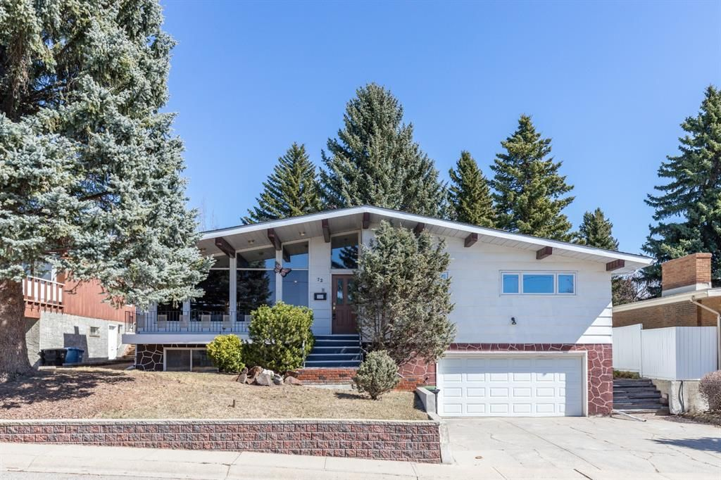 Main Photo: 72 Clarendon Road NW in Calgary: Collingwood Detached for sale : MLS®# A1093736