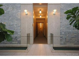 Photo 15: N701 737 Humboldt Street in : Vi Downtown Condo for sale (Victoria)  : MLS®# 272227