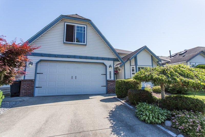 Main Photo: 19592 SOMERSET DRIVE in Pitt Meadows: Mid Meadows House for sale : MLS®# R2281493