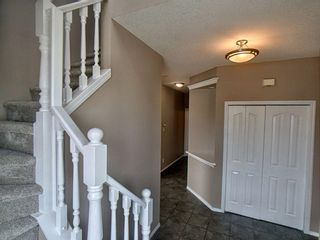 Photo 2: 305 Bayside Place SW: Airdrie Detached for sale : MLS®# A1116379