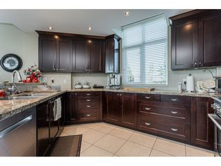 """Photo 11: 304 14824 NORTH BLUFF Road: White Rock Condo for sale in """"The BELAIRE"""" (South Surrey White Rock)  : MLS®# R2534399"""