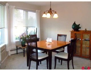 """Photo 3: 207 32145 OLD YALE Road in Abbotsford: Abbotsford West Condo for sale in """"CYPRESS PARK"""" : MLS®# F2832457"""