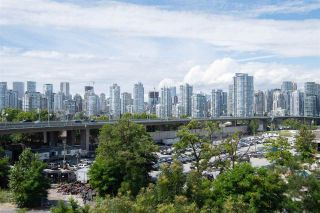 """Photo 22: 212 388 W 1ST Avenue in Vancouver: False Creek Condo for sale in """"The Exchange"""" (Vancouver West)  : MLS®# R2478234"""